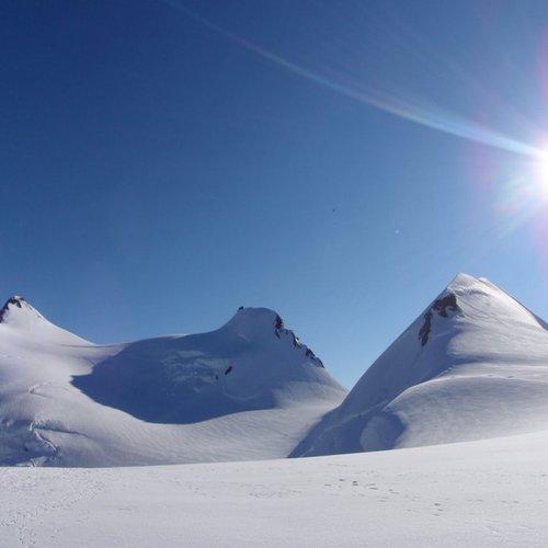 0dfb2834023 Productos en ASCENSIONES ALPINAS Nivel 1. MONT BLANC.    Guías de alta  montaña y barrancos en Pirineos