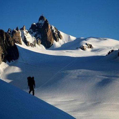 d3bc44d82a8 Todo en ascensión mont blanc    Guías de alta montaña y barrancos en  Pirineos