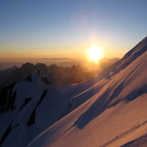 Array (     [id] => 823     [id_producto] => 235     [imagen] => 235-11-cumbres-mont-blanc2.jpg     [orden] => 4 )
